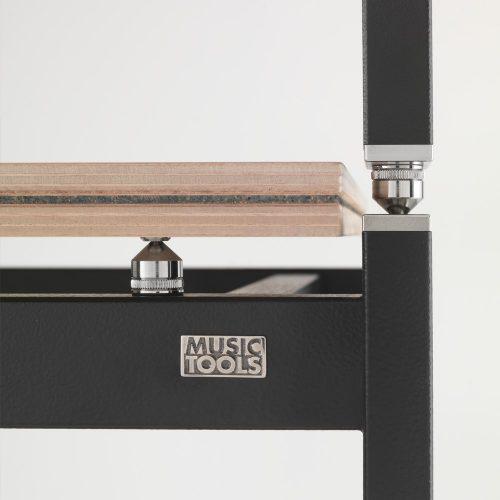 isosquare-shelf-detail